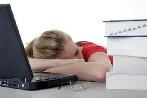 Kronisk trötthet är ett tecken på proteinbrist