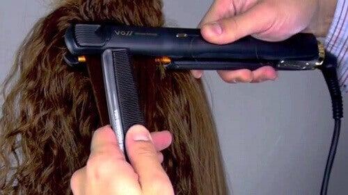 3 tips för att få rakt hår utan skada på håret