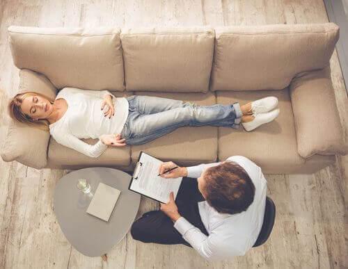 4 sätt att slå fast när du behöver en terapeut