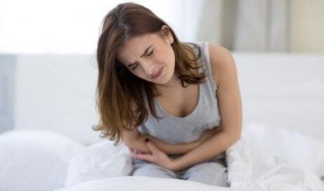 Epigastralgi: den där irriterande smärtan i magen