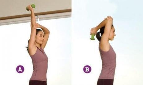 Triceps-sträckningar