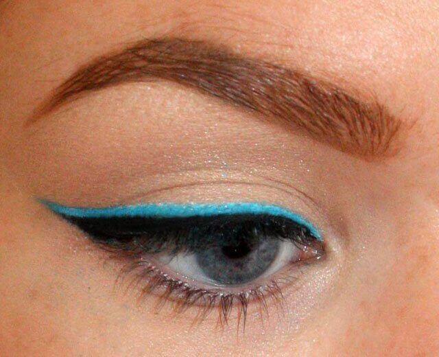 Eyeliner med färg