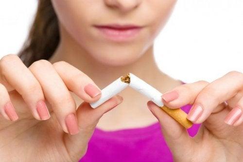 En tidslinje över vad som händer när du slutar röka
