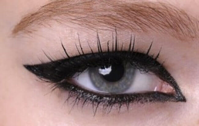 Tjock eyeliner