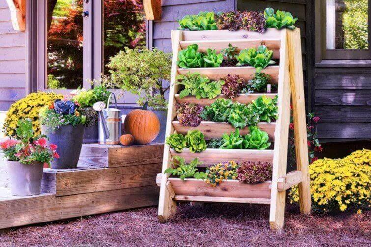 Skapa utrymme genom att använda trädgården.