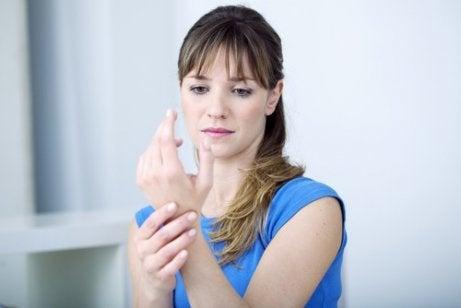 Hypotyreos kan orsaka ledsmärta