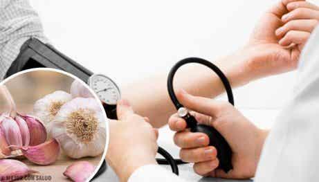 4 naturliga kurer för högt blodtryck