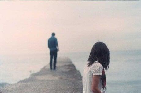 Sann kärlek dömer inte