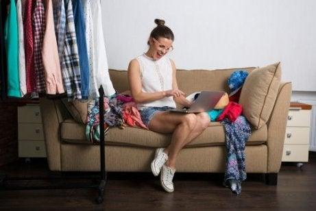 Shoppa kläder på nätet