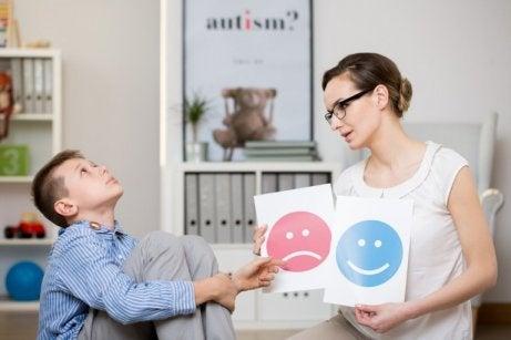 Symptom på Aspergers