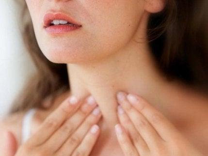Sköldkörtelstörningar: 7 relaterade problem