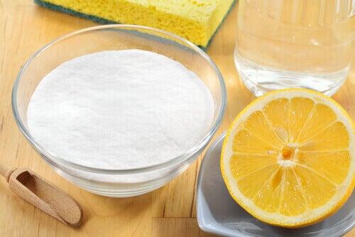 Bikarbonat och citron