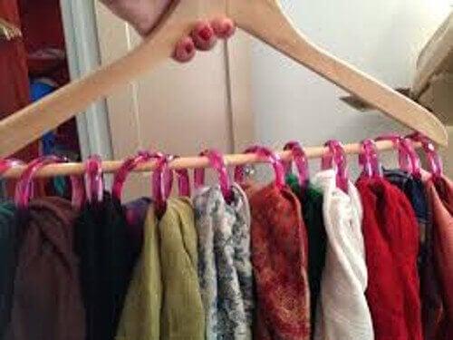 Kläder på hängare