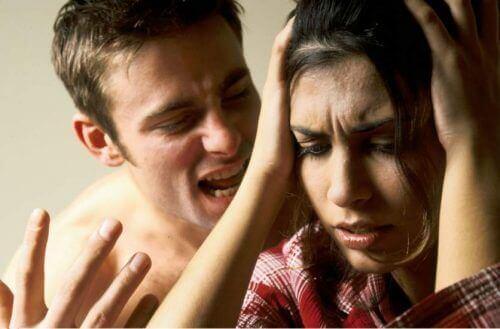 5 konsekvenser av psykologisk misshandel