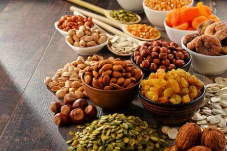 Vad nötter bidrar med till din kost och hälsa