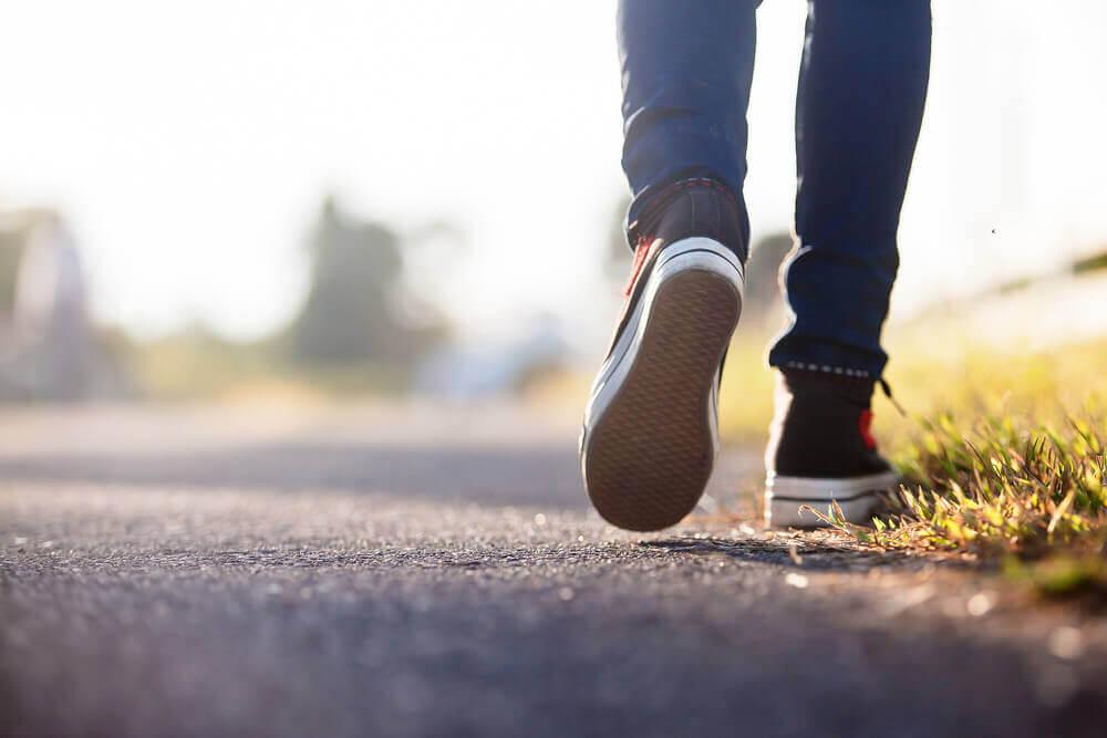 Det räcker att promenera.