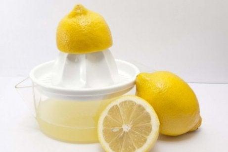 Citronsaft dränerar lymfsystemet