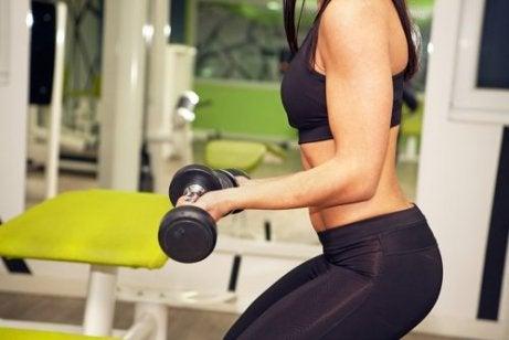 Vad är viktigare för träning: mer vikt eller repetition?