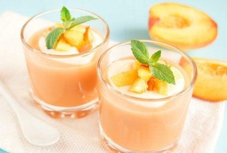 Persika-och-mandelmjölk