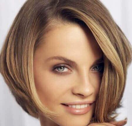 Frisyrer mellanlångt hår