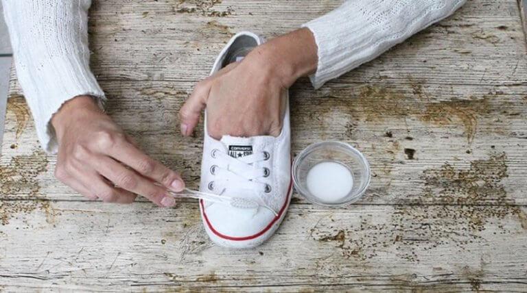 Bakpulver för bort smuts och bakterier