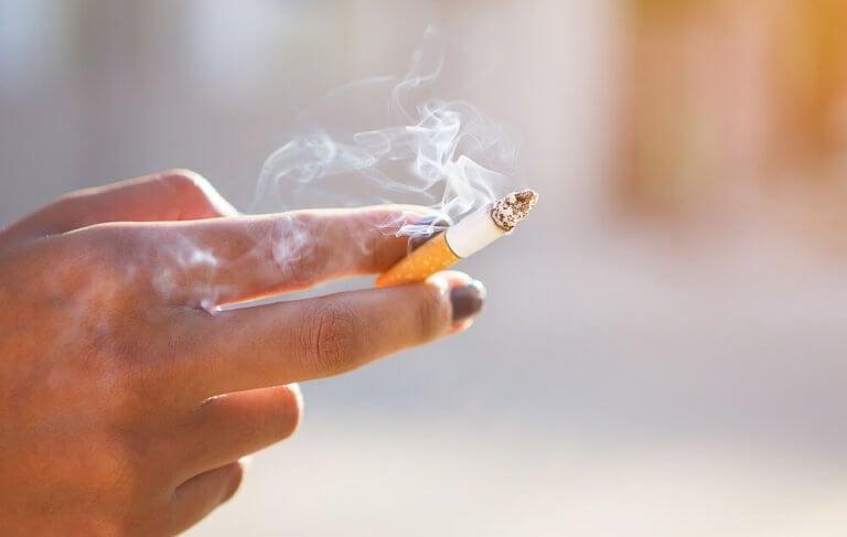 Rökning kan orsaka gingivit