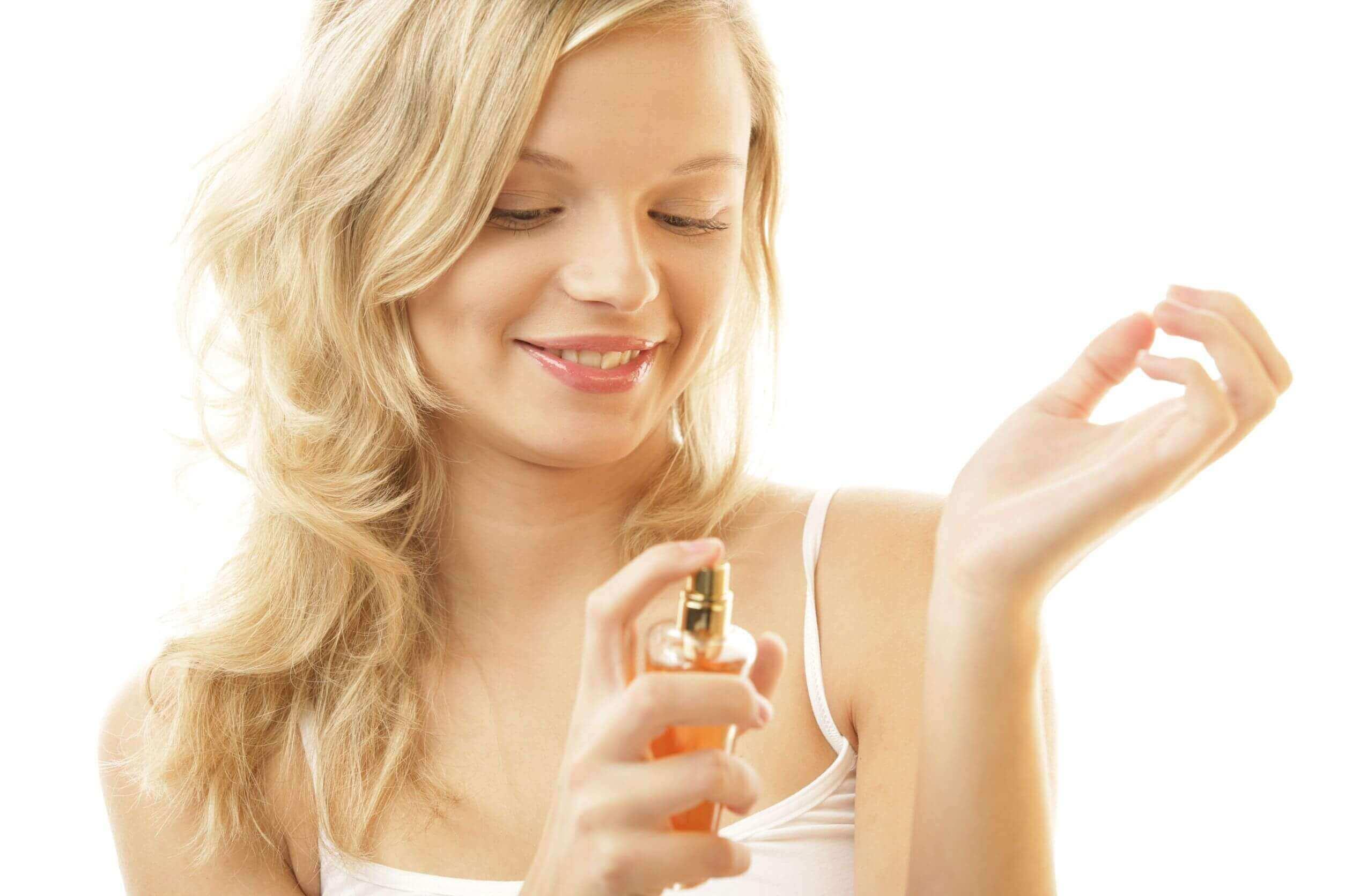 Vaselin gör så att parfymen sitter längre
