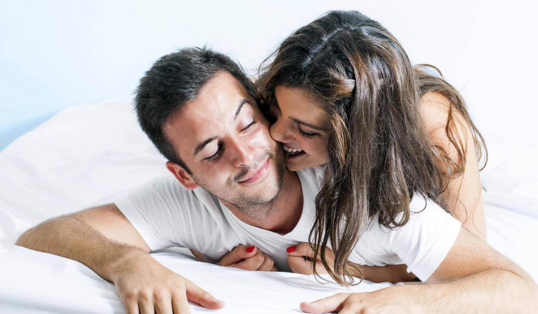 Att tillfredsställa en kvinna sitter både i kroppslig och känslomässig intimitet