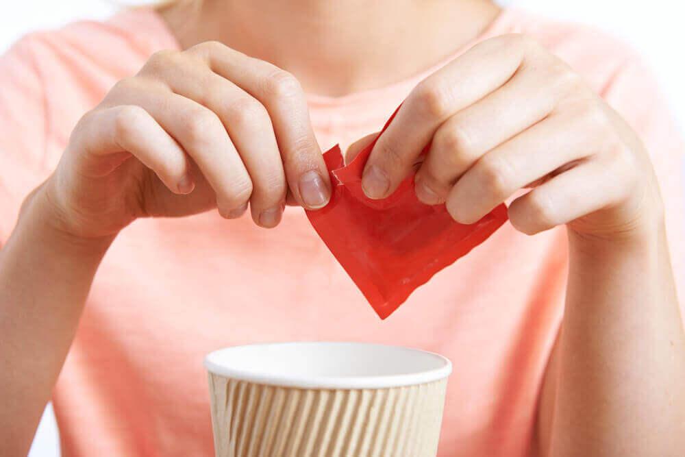 Ersätt inte socker med sötningsmedel