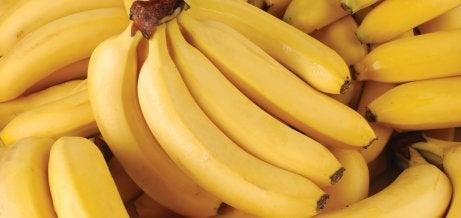 En klase mogna bananer