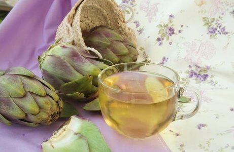 Kronärtskocka eliminerar puriner