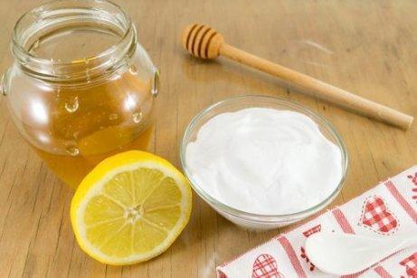 Bakpulver och honung är bra både ut- och invändigt