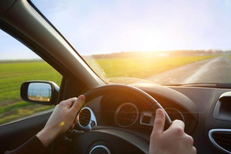 Försök skapa en avslappnad atmosfär i bilen