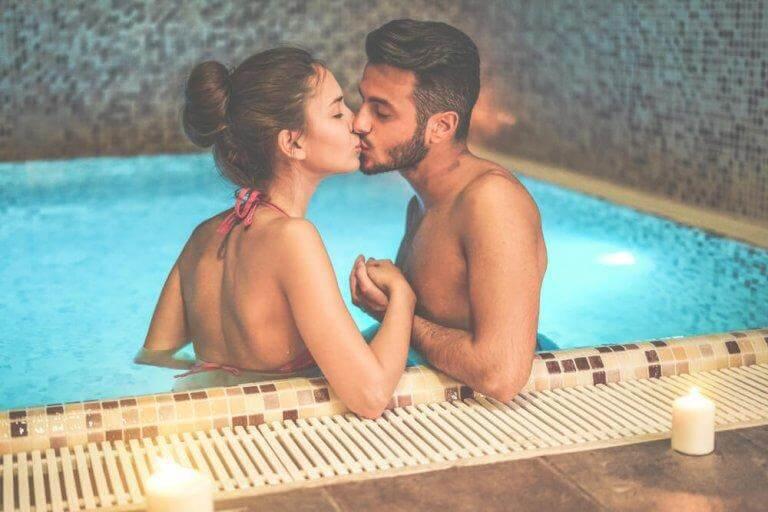 Använd glidmedel om ni vill ha sex i vattnet