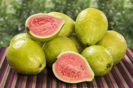 Färsk guava