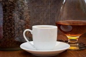 Max två koppar kaffe