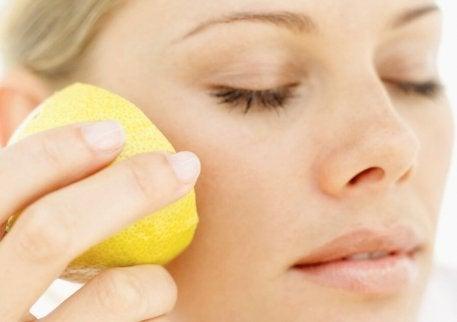 Rengöring med citron