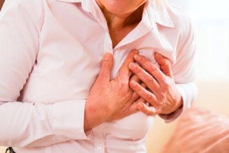 Vad orsakar en hjärtattack?