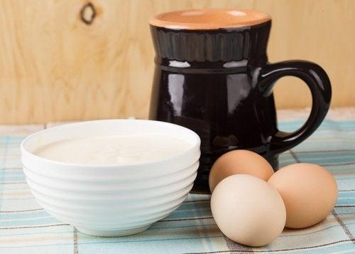 Ägg och yoghurt