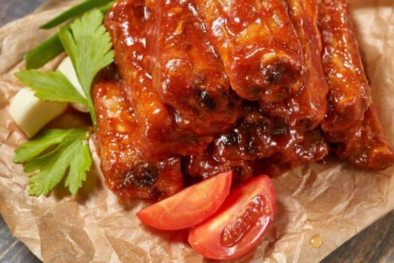 Karamelliserade revbensspjäll med honung