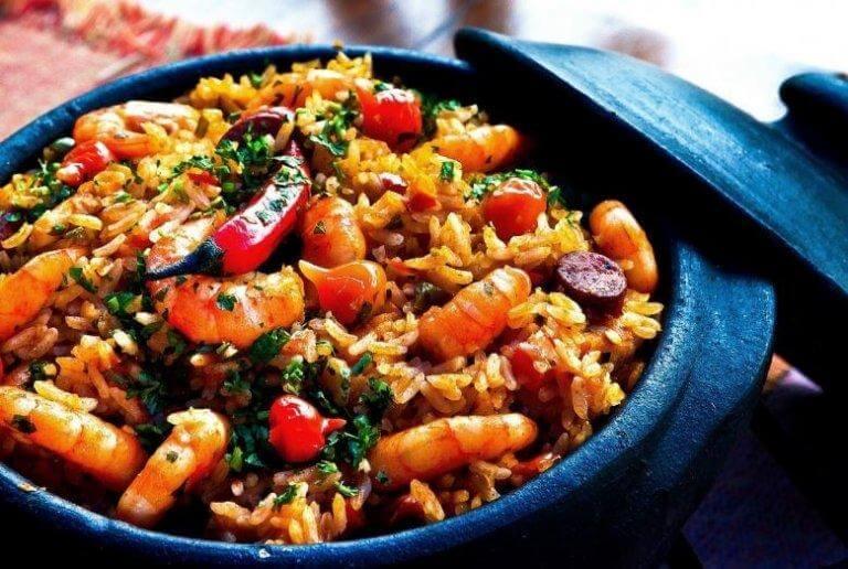 Kinesiskt stekt ris med räkor