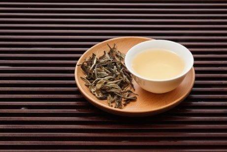 Vitt-te-är-urindrivande-och-renande