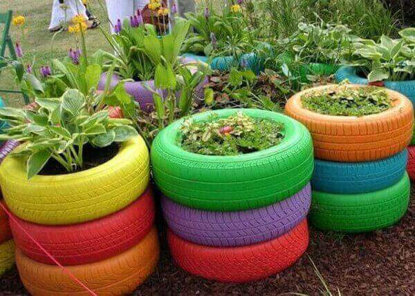 Blomkrukor av däck