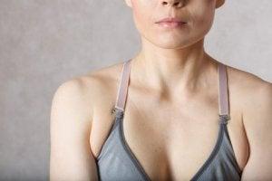 Övningar för att bränna fett under armarna