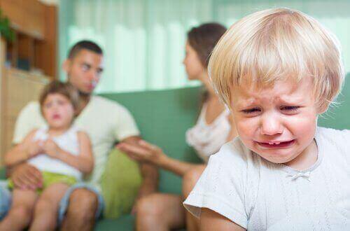 Konsekvenser av att bråka framför barn