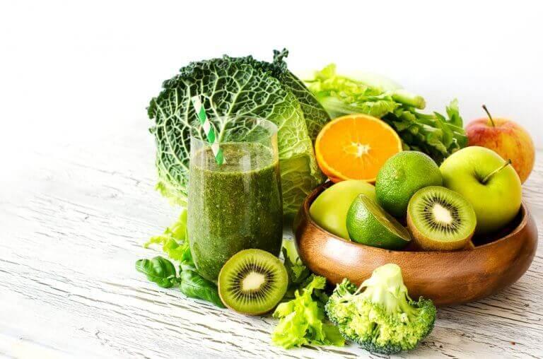 Grönsaker i träskål