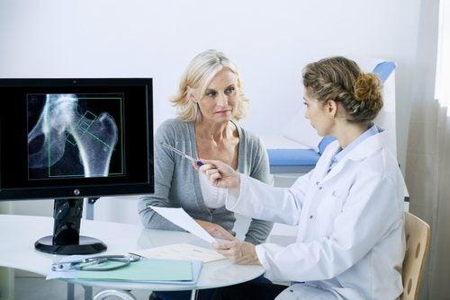 Kvinna-på-läkarbesök