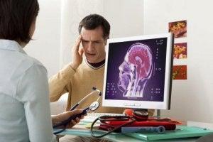 Hortons huvudvärk känns på ena sidan av huvudet