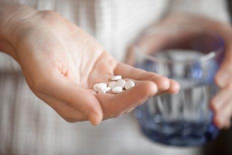 Om antiinflammatoriska mediciner inte funkar, kan du även testa på uppvärmningsövningar