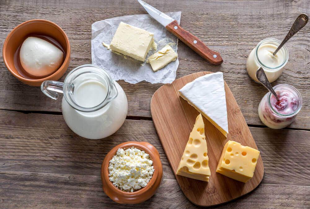 Olika typer av mjölkprodukter